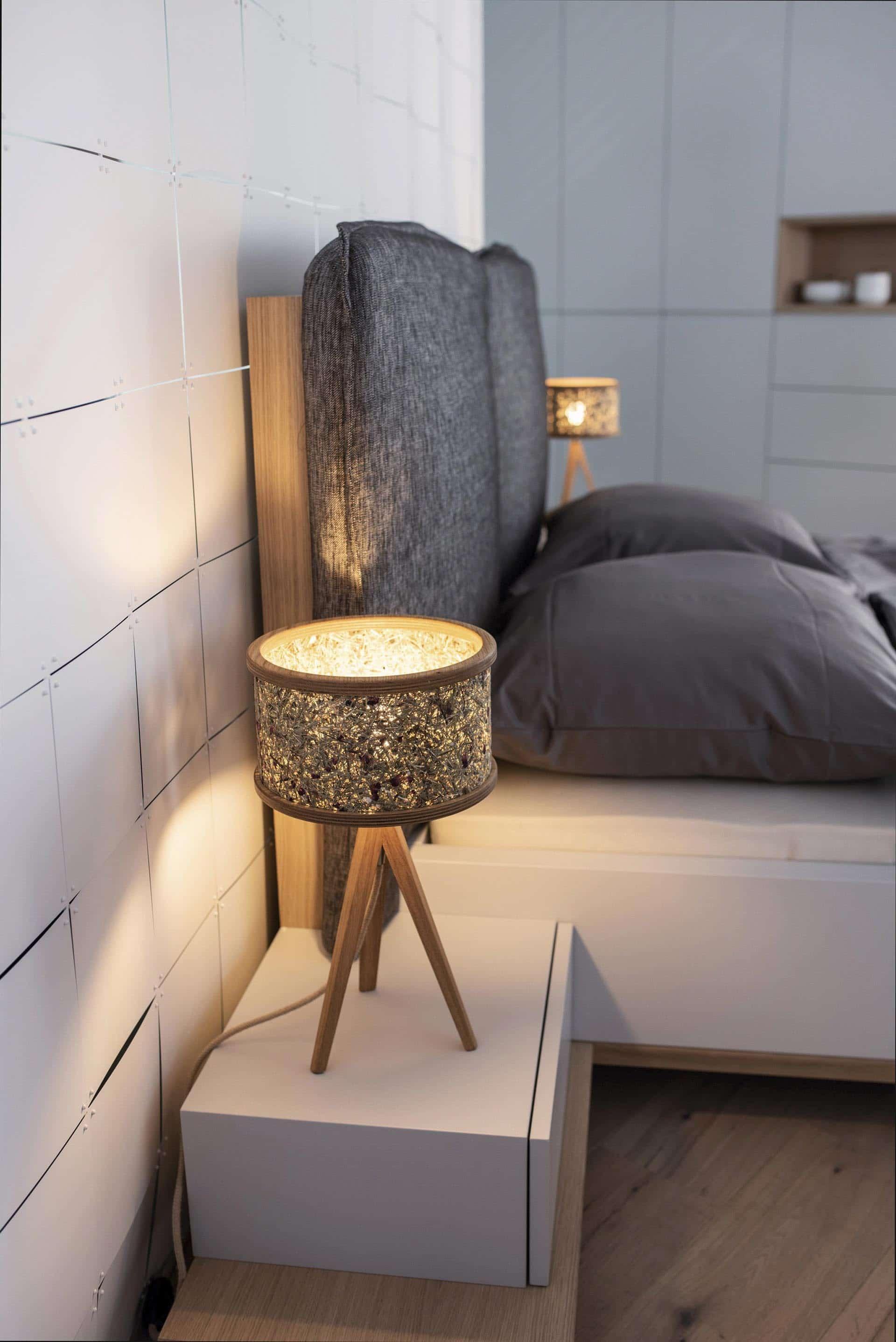 couchzone - Interior Design Innsbruck - Nachttisch mit Lampe