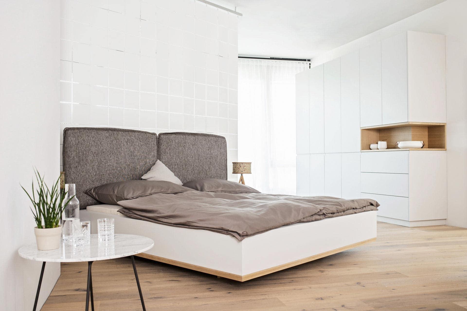 couchzone - Interior Design Innsbruck - modernes Bett