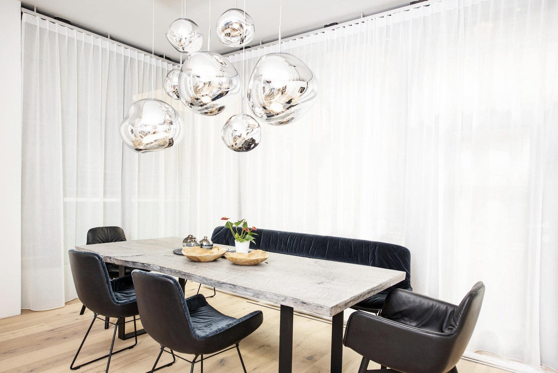 couchzone - Interior Design Innsbruck - Esstisch Holz