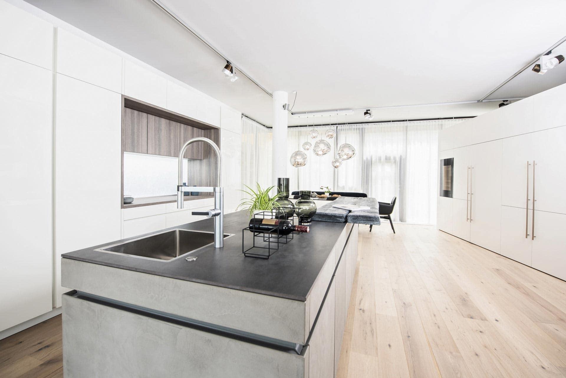 couchzone - Interior Design Innsbruck - Leicht Designküche