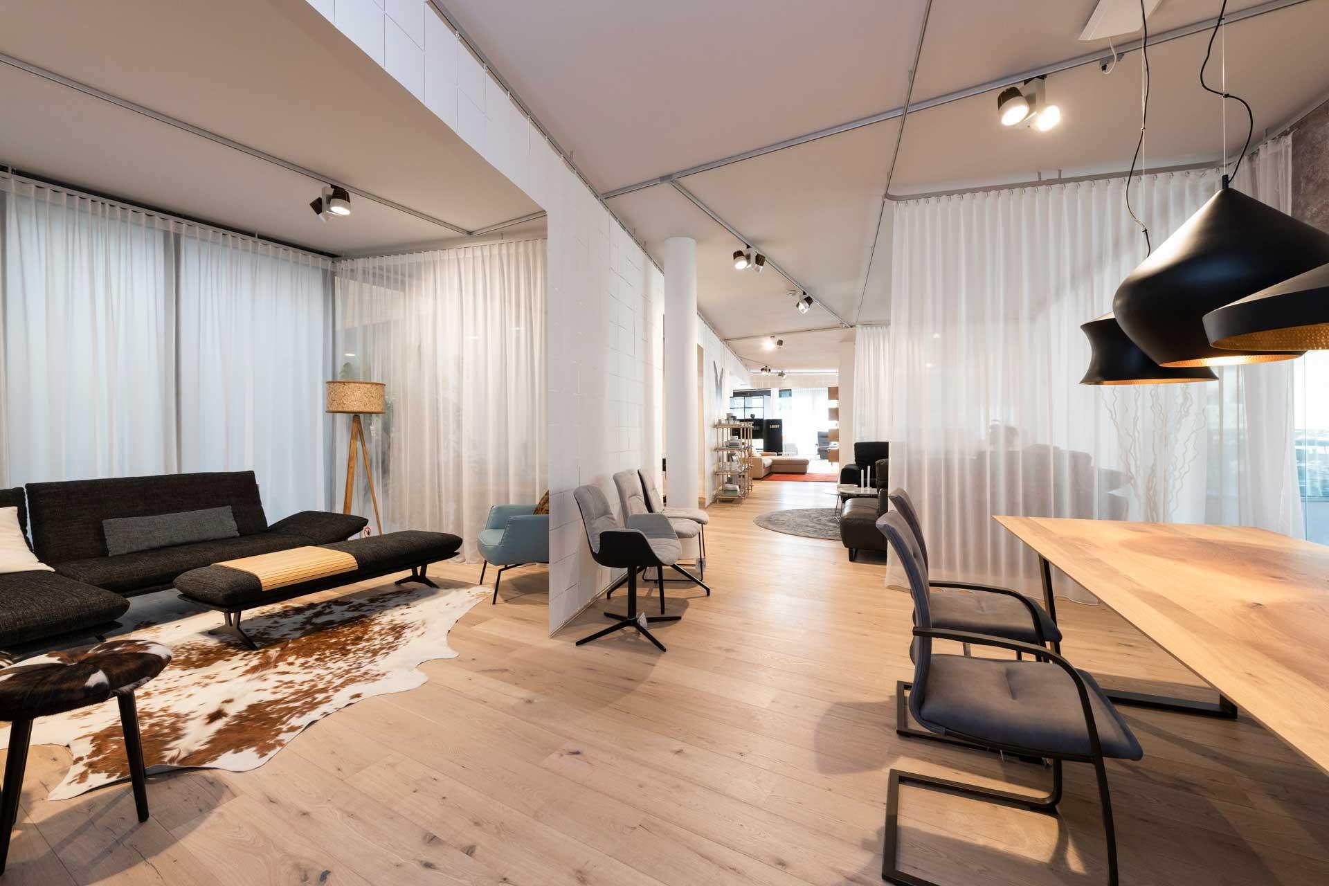 couchzone - Interior Design Innsbruck - Möbel, Tische und Küchen